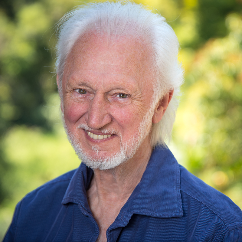 Paul Lowe